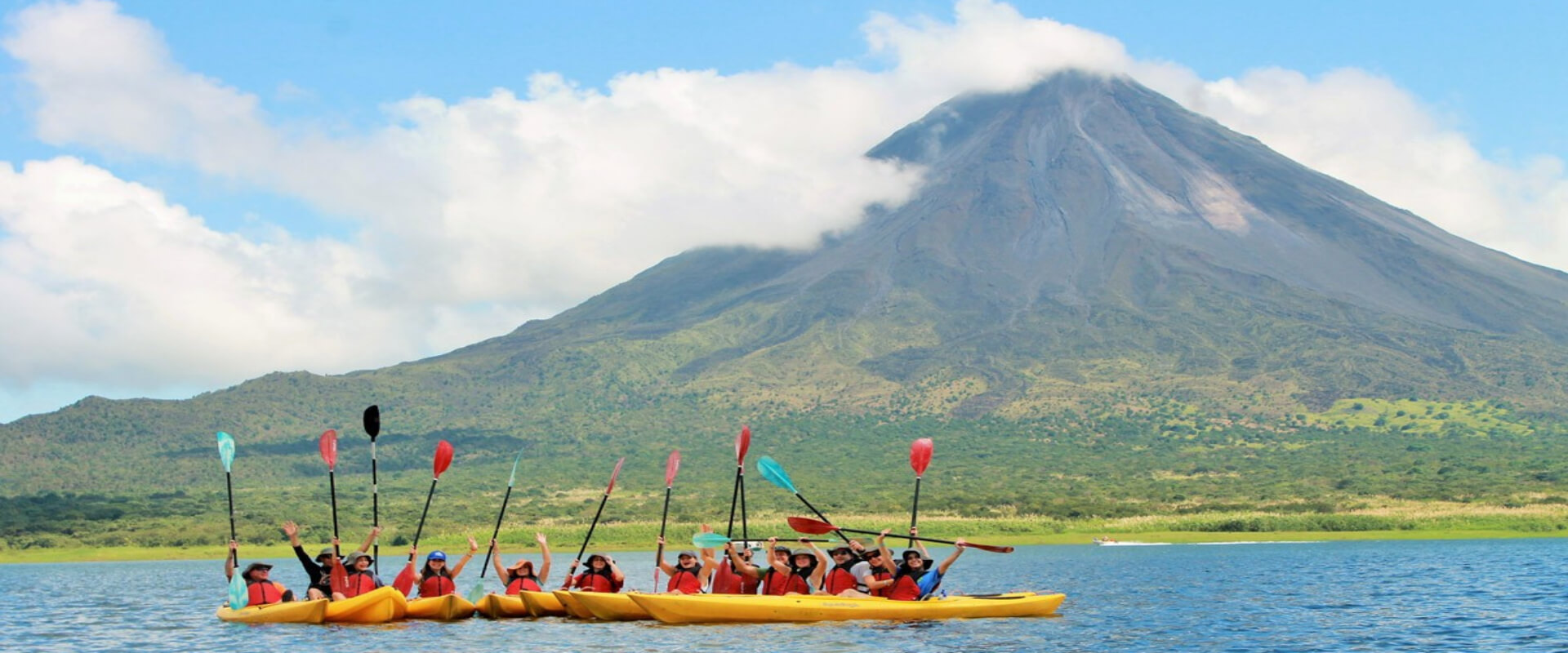 Kayaking in Lake Arenal | Costa Rica Jade Tours