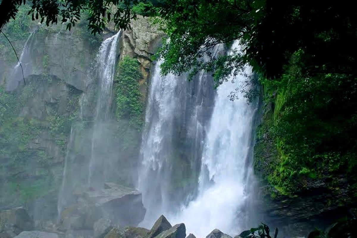 Nauyaca Waterfalls Tour Gallery